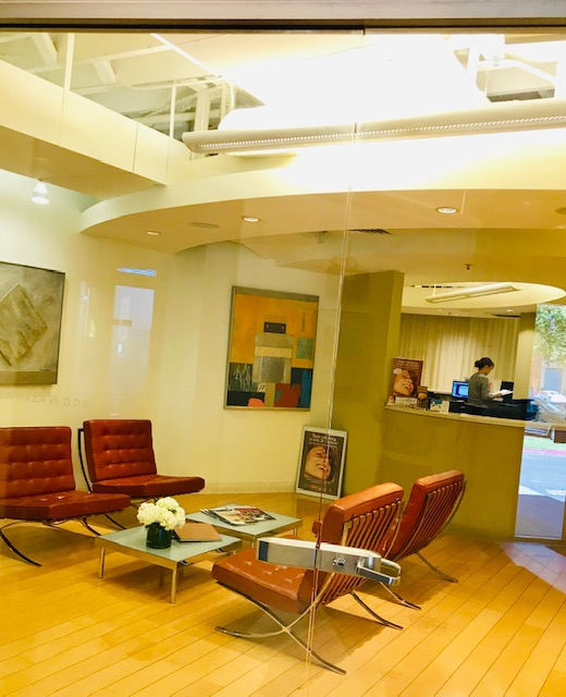 Our warm and welcoming reception room at Advanat Dental Group, a dentist in Emeryville, CA